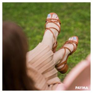 sandalias cruzadas tiras acolchadas